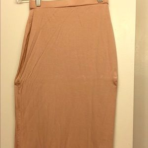 Fitted midi skirt
